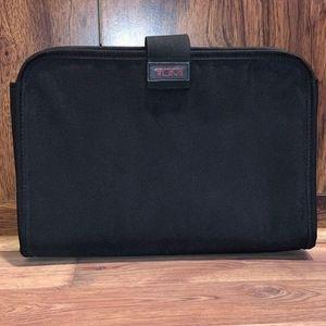 📌 TUMI Ballistic Padded Laptop Tablet IPad Sleeve